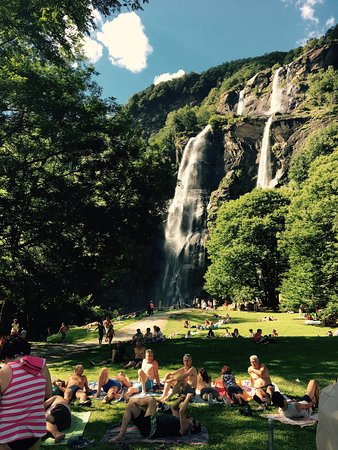 pic-nic-alle-cascate